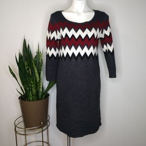 Sandra Darren grey maroon zig zag sweater dress M